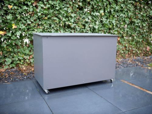 DIY: Auflagenbox oder Paketbox für Ihren Garten
