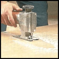 Dämmung von Deckenbalken (Holzbalkendecken)
