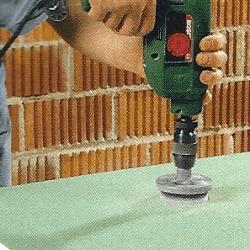 Gipskartonplatten bearbeiten