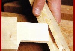 Schlitz und Zapfen Holzverbindungen, die Verbindung zweier Werkstücke