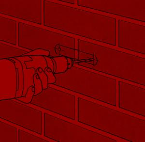 Sichere Befestigung des Fallrohrs an der Wand