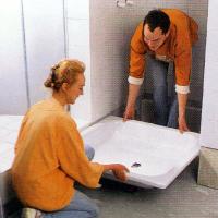 Badewanne einbauen und Duschwanne einbauen