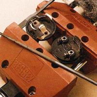 Verlängerungskabel reparieren, zuerst den Stecker ziehen
