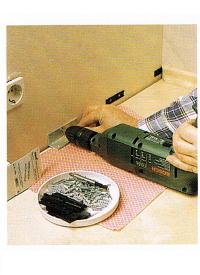 Befestigung von Sockelleisten, Montageanleitung
