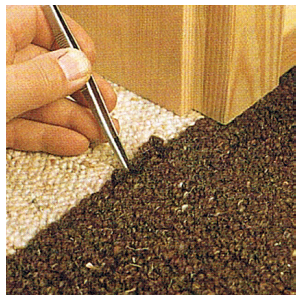 Ausgefranste Teppichbodennähte ausbessern
