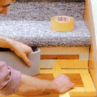 Treppenstufen mit Teppichboden belegen, Anleitung