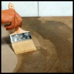 Untergründe zum Fliesen vorbereiten, gründlich säubern