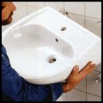 Einen Waschtisch befestigen, Montageanleitung
