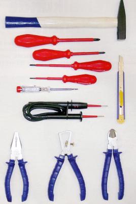 Werkzeuge für Elektroarbeiten, zur fachgerechten Ausführung